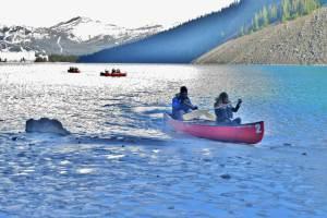w-bachelor-canoeing